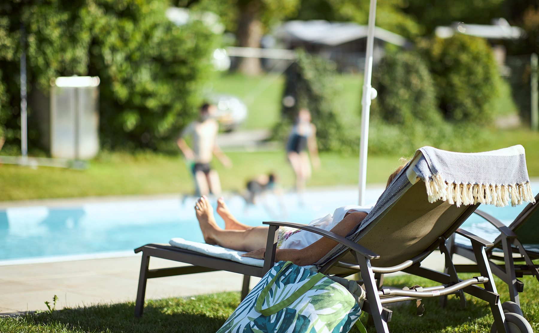 Schlosscamping Aschach Pool Schwimmbad